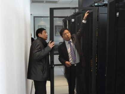 Customer engages in product demonstration at CPI's new office in Shanghai