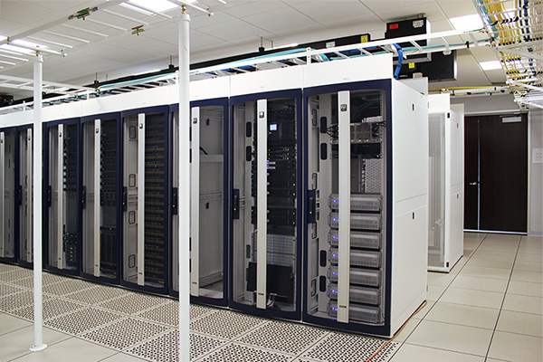 Custom TeraFrame Colors for Data Center - BLOG-CPI-NFL-TEAM-DATA-CENTER-TERAFAME-CABINETS_RGB72.jpg