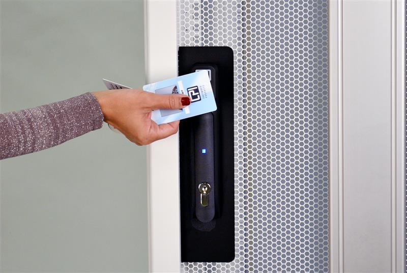 eConnect® Electronic Access Control Smart Cards Image